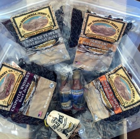 DJC everything gift box no moonshine pork
